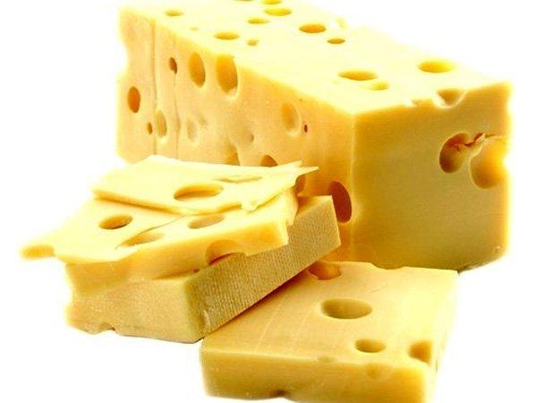 РФ запретила поставки 5-ти марок сыра из республики Белоруссии