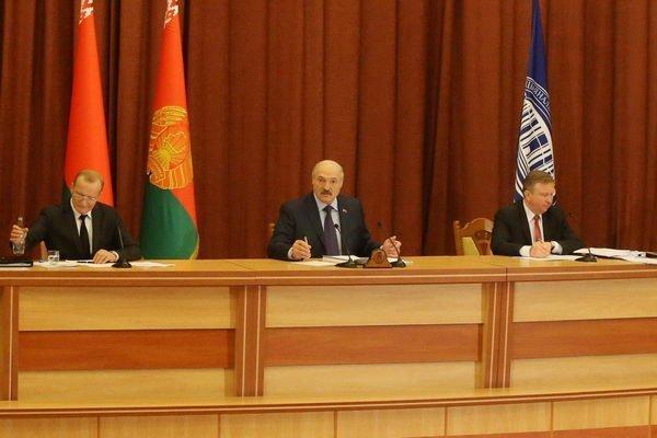 21апреля Лукашенко обратится сежегодным посланием кнароду иНацсобранию