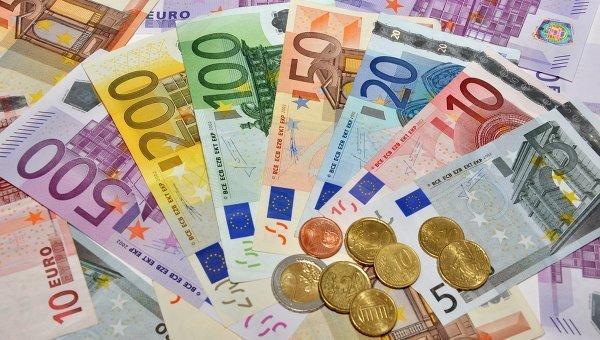 Торги открылись 22сентября: доллар -0.0013, евро +0.001