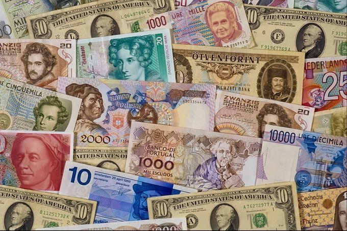 13октября вРеспублике Беларусь руб. укрепился поотношению ковсем валютам